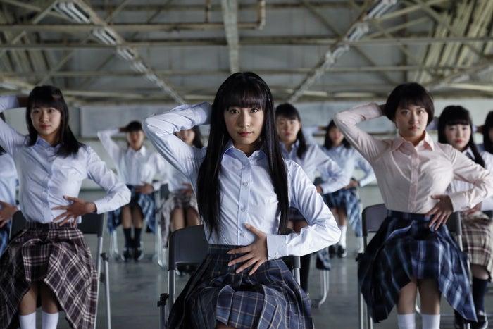 """登美丘高校ダンス部コーチ、""""バブリーダンス""""とは違う新たな振り付けをWEB限定動画で公開"""