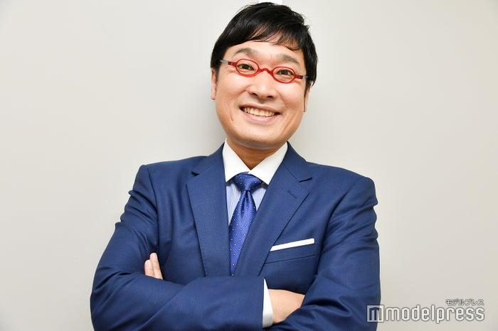 モデルプレスのインタビューに応じた山里亮太 (C)モデルプレス