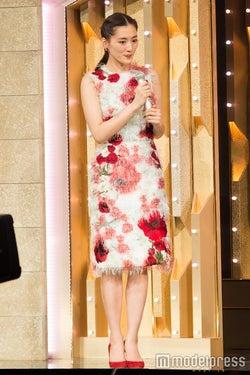 紅組司会の綾瀬はるか/写真はリハーサル時(C)モデルプレス