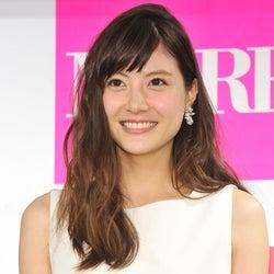 長谷部誠選手と結婚発表の佐藤ありさ、祝福の声にコメント