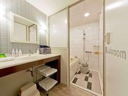 バスルーム/画像提供:ホテル ユニバーサル ポート