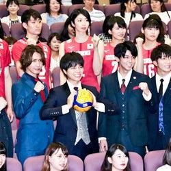 ジャニーズWEST、テーマ曲でバレーボールW杯日本代表にエール!楽曲パワーで会場をひとつに