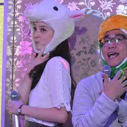 佐々木希、八嶋智人「早子先生、結婚するって本当ですか?」(画像提供:フジテレビ)