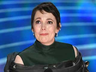 「女王陛下のお気に入り」オリヴィア・コールマン、主演女優賞受賞 涙のスピーチに会場総立ち<第91回アカデミー賞>