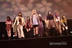 E-girls(C)モデルプレス