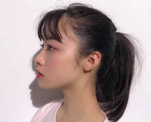 橋本環奈「耳ちっちゃくない?」横顔ショット公開