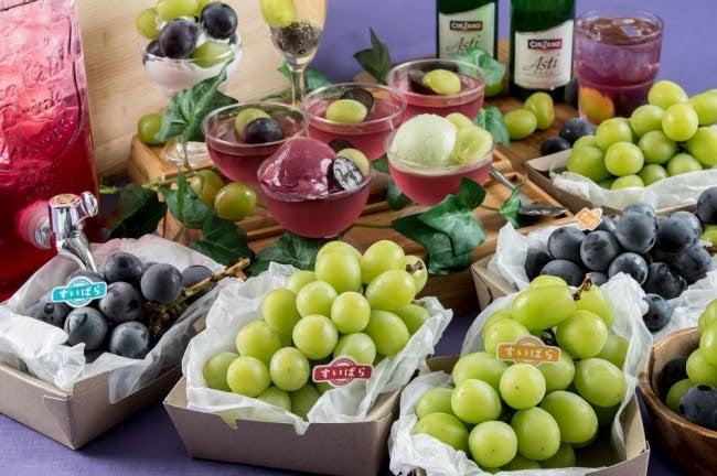 スイパラでシャインマスカット・巨峰食べ放題/画像提供:スイーツパラダイス