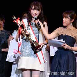 (左)中村優花さん(C)モデルプレス