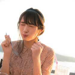"""モデルプレス - 欅坂46渡辺梨加、食べる姿が悶絶級の可愛さ """"ぺーちゃん""""に新たな展開も"""