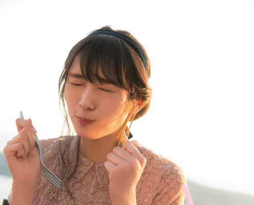 """欅坂46渡辺梨加、食べる姿が悶絶級の可愛さ """"ぺーちゃん""""に新たな展開も"""
