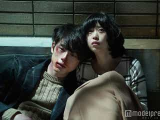 """坂口健太郎、森川葵を助けて""""傷だらけ"""" 「僕と契約しよ?」…切ない片想い&キスに反響"""