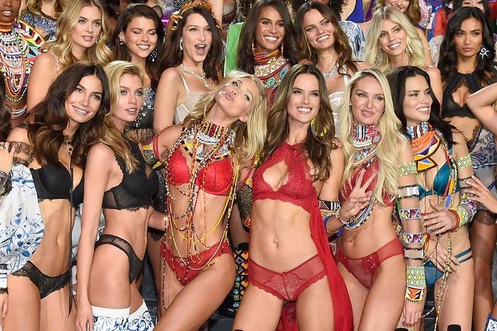 「Victoria's Secret Fashion Show 2017」/photo:Getty Images