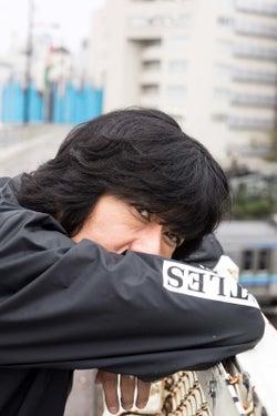 古市コータロー、約4年半ぶりとなるソロアルバム「東京」リリース&ソロツアーも決定