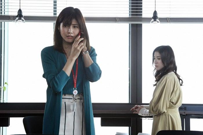 内田有紀、吉高由里子/「わたし、定時で帰ります。」第2話より(C)TBS