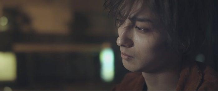 横浜流星/みゆはん「恋人失格」MVより(提供写真)