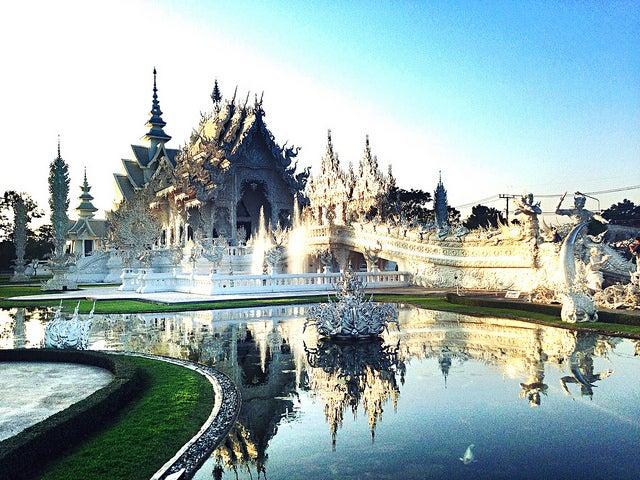 วัดร่องขุ่น - Wat Rong Khun by NuCastiel