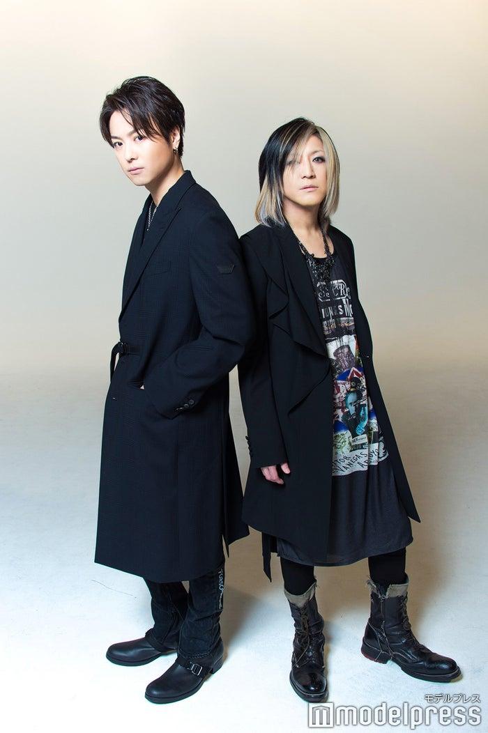TAKAHIRO、HISASHI (C)モデルプレス