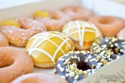 クリスピークリームドーナツ、夏限定の新商品を食べ比べ<試食レポート>