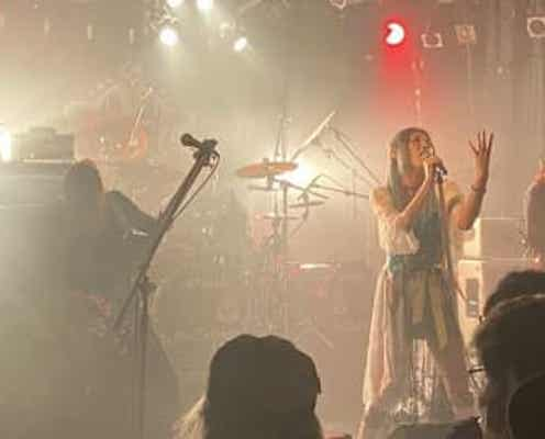 Mary's Blood、3カ月連続ライブ『鋼鉄伝説』でゲストの小野正利とコラボパフォーマンスを披露