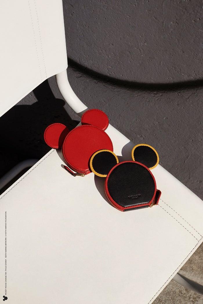 TM &(c)Disney (c)Keith Haring Foundation