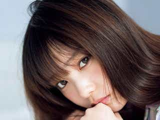 乃木坂46与田祐希、瑞々しい美脚で魅了