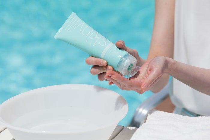 肌をやさしく洗い上げるジェルタイプ