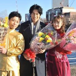 ディーン・フジオカ、島崎遥香&三宅弘城とクランクアップ 撮影を振り返る<今からあなたを脅迫します>