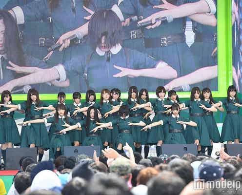 欅坂46+けやき坂46、野外ステージを熱狂の渦に「TOKYO IDOL FESTIVAL 2017」<写真特集/セットリスト>