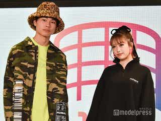 「オオカミ」伊藤桃々&Kaya、シミラールックでクールに登場<超十代2020>