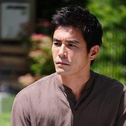 伊藤英明、美しい妻と豪邸に住む謎の男役で『世にも奇妙な物語』に出演