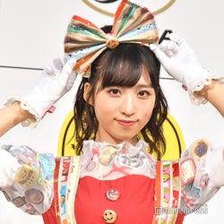 "AKB48小栗有以、""世界に一つだけ""ドレス姿で魅了 キュートなランウェイ"
