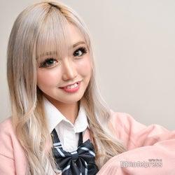 """""""日本一かわいいギャル""""りせり「1歳から金髪ギャル」SNS総フォロワー50万超の人気のワケは"""