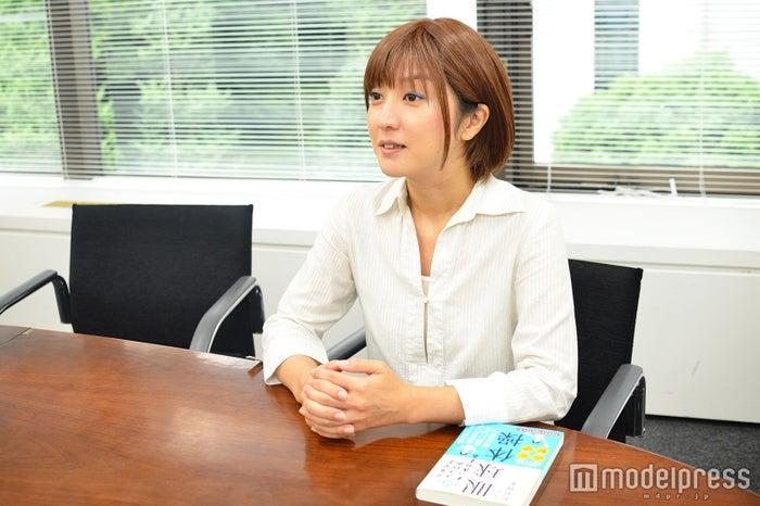 モデルプレスのインタビューに応じた松島雅美氏(C)モデルプレス