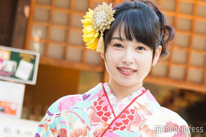 晴れ着をお披露目した桜井日奈子(C)モデルプレス