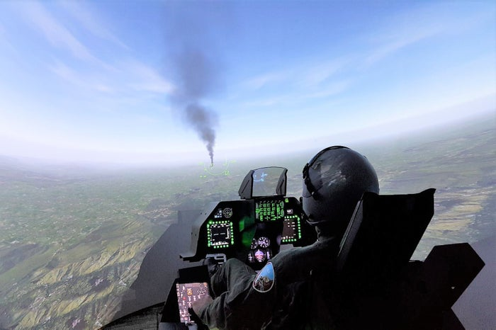 戦闘機ファイター体験/画像提供:羽田みらい開発