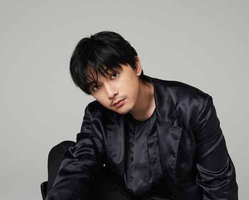 吉沢亮、ヒゲ姿で登場 「毎回緊張で吐きそう」初ミュージカルへの思い・俳優業を語る