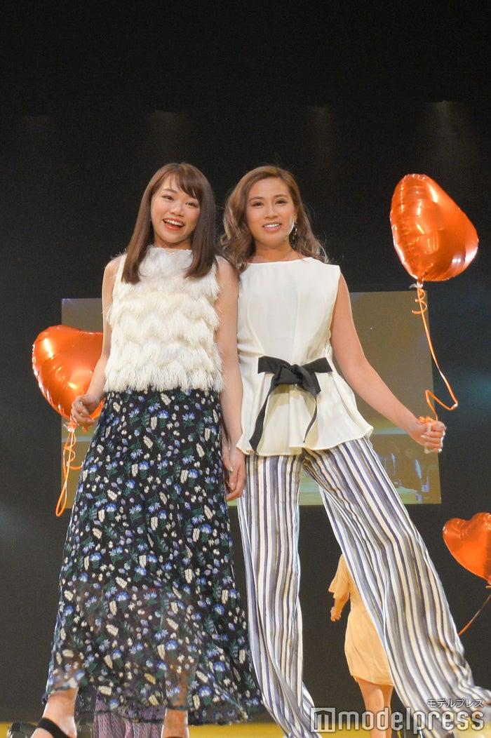 瀬賀しおりさん、迫田里奈さん(C)モデルプレス