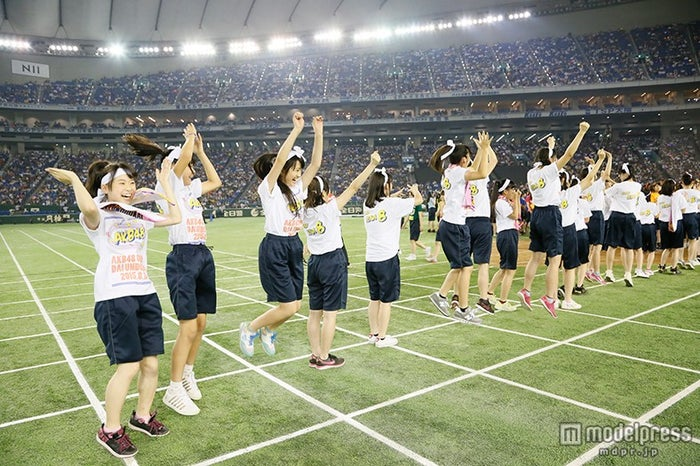 総合優勝はチーム8/「第1回AKB48グループ対抗 大運動会」(C)AKS