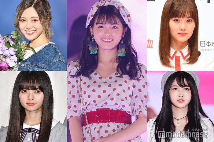 (中央)大園桃子(左から時計回りに)白石麻衣、山下美月、久保史緒里、齋藤飛鳥 (C)モデルプレス