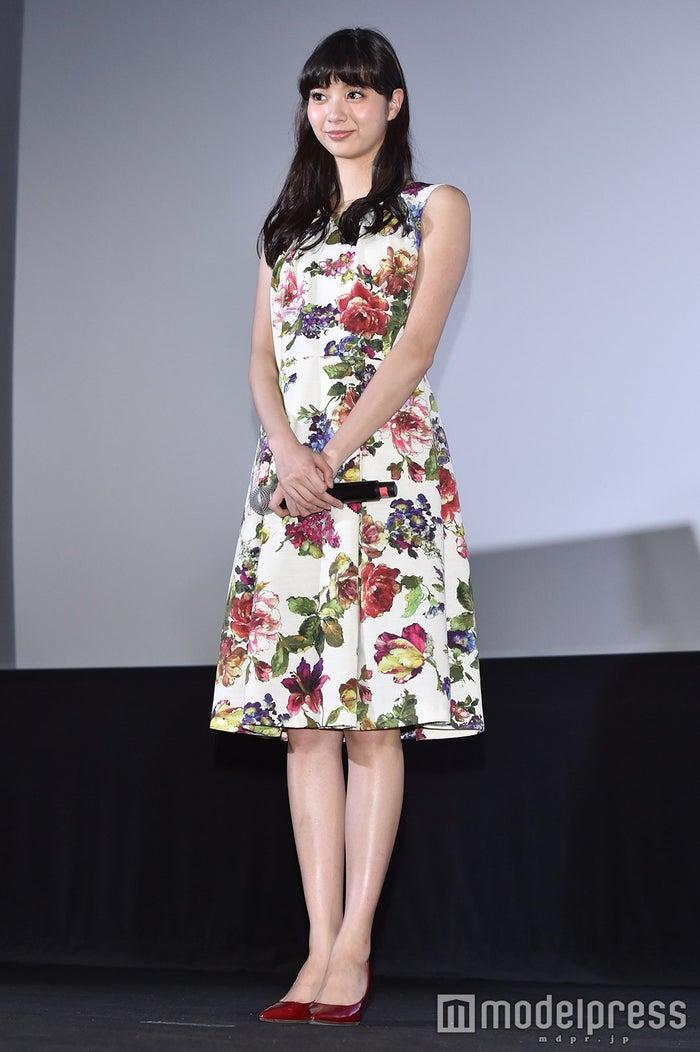 新川優愛 (C)モデルプレス