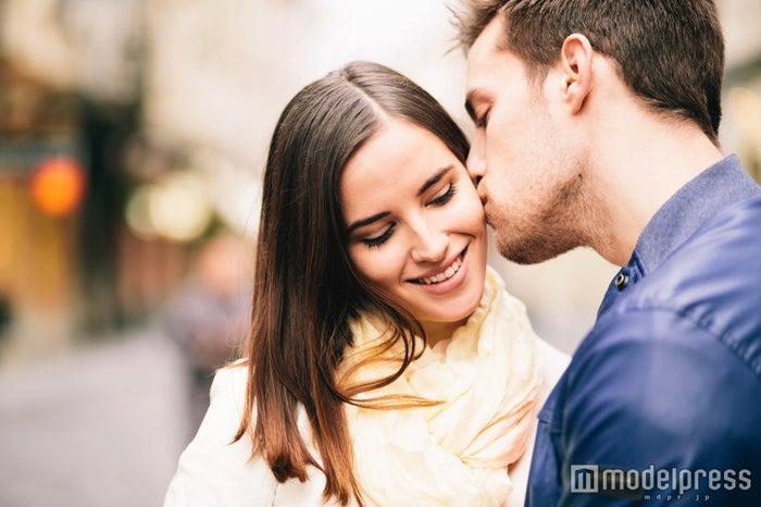 男性を一瞬で夢中にする長続きカップルの胸キュンLINE5選(Photo by berc/Fotolia)