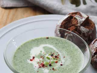 「枝豆とモロヘイヤの冷製ポタージュ」レシピ【365日のパンとスープ】