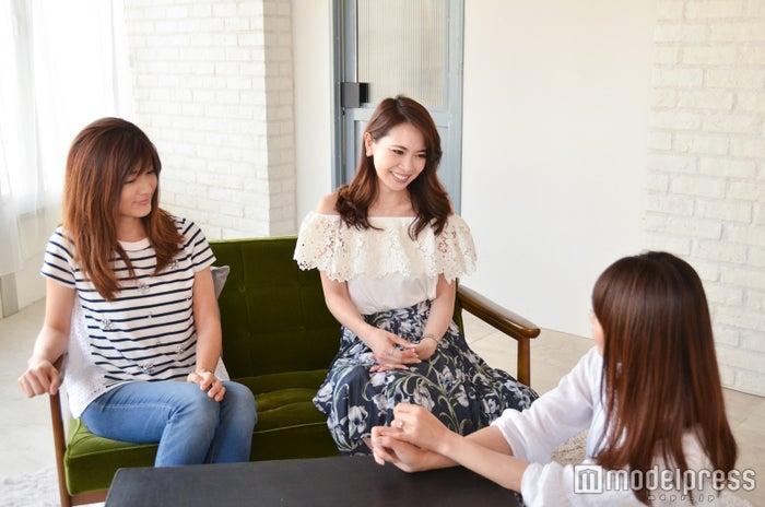 (左から)相葉さん、山下さん、渡辺さん(C)モデルプレス