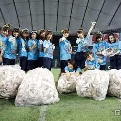 罰ゲーム・清掃&撤収を完遂したチームB/「第1回AKB48グループ対抗 大運動会」(C)AKS