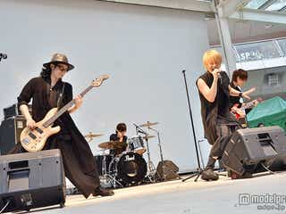 噂のシンデレラバンドThinking Dogs、デビューイベント開催にファン熱狂<ライブレポ>