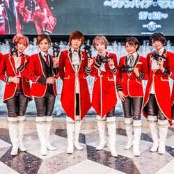 (左から)陽稀、Lee、星波、未来、千知、麻琴、乃愛、つばさ(提供写真)