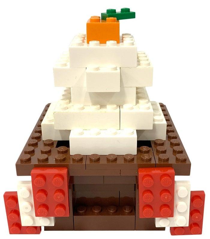 レゴブロックの鏡餅/画像提供:LEGOLAND Japan