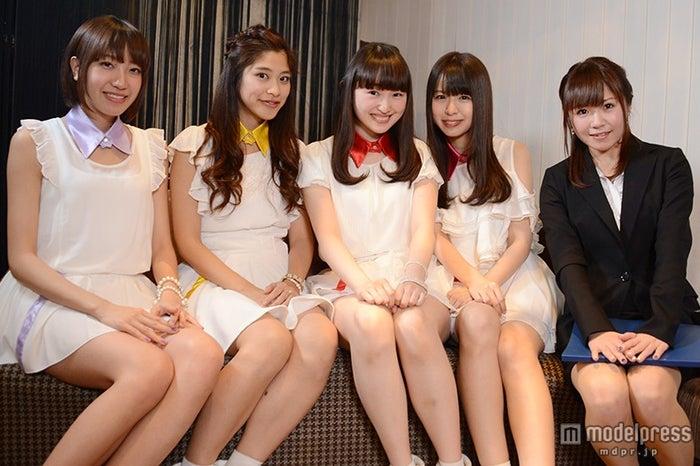 Re:ガールズ(左から)千畝あずみ、ayumi、福井有彩、白石柚月、愛内みさ(C)モデルプレス