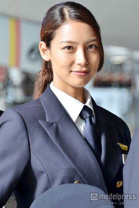 「ミス・パイロット」記者会見に出席した相武紗季