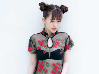 中国人美女・喬喬(チャウチャウ)、透けドレスで水着姿を披露